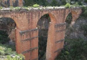 acueducto romano calles en valencia